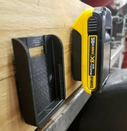 2pcs dewalt mac tools 20v wall under